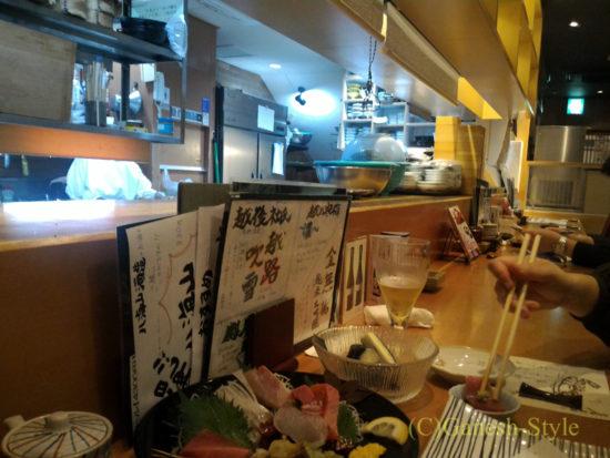 新潟の繁華街古町にある郷土料理居酒屋 越後茶屋古町酒房のカウンター席