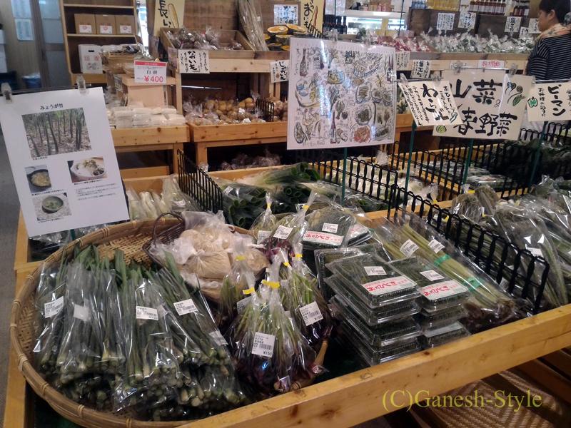 新潟市内中心部近くにあるピアBandaiのピカリ産直市場お冨さん