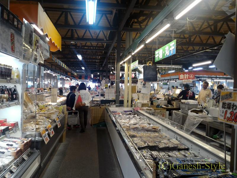 新潟市内中心部近くにあるピアBandaiの万代島鮮魚センター