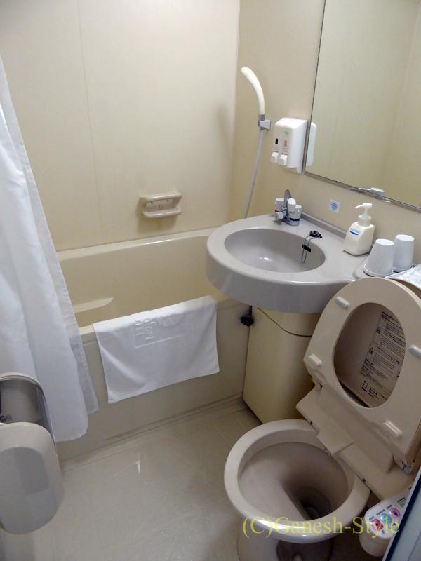JR奈良駅前にあるコンフォートホテル奈良の客室のバスルーム