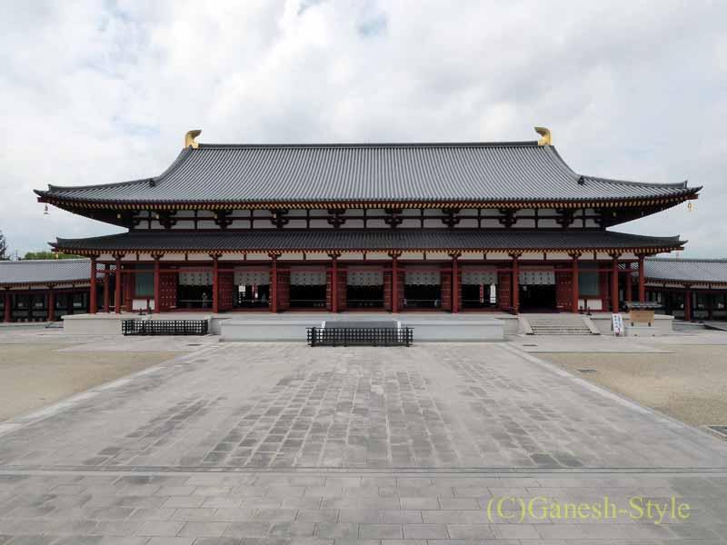 奈良旅行で最大の見どころのひとつ、薬師寺の大講堂