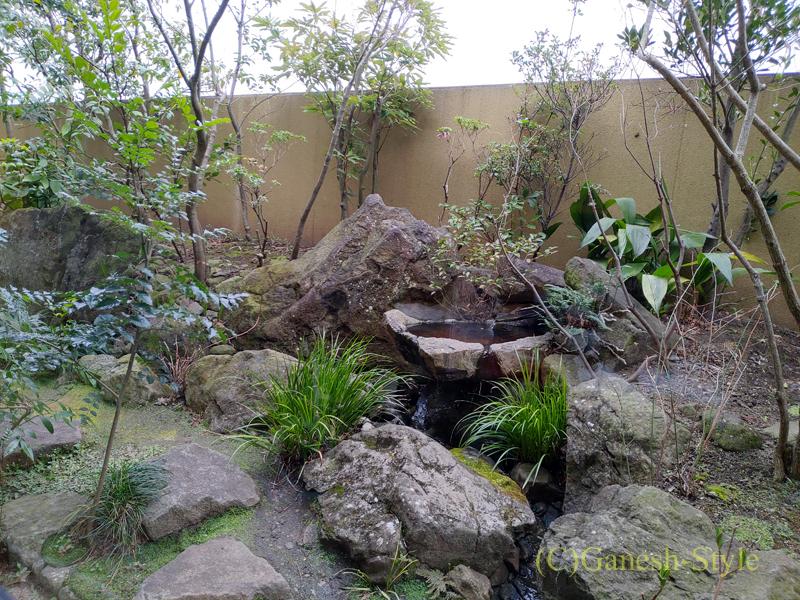 湯葉豆腐料理レストランの梅の花越谷レイクタウン店の庭