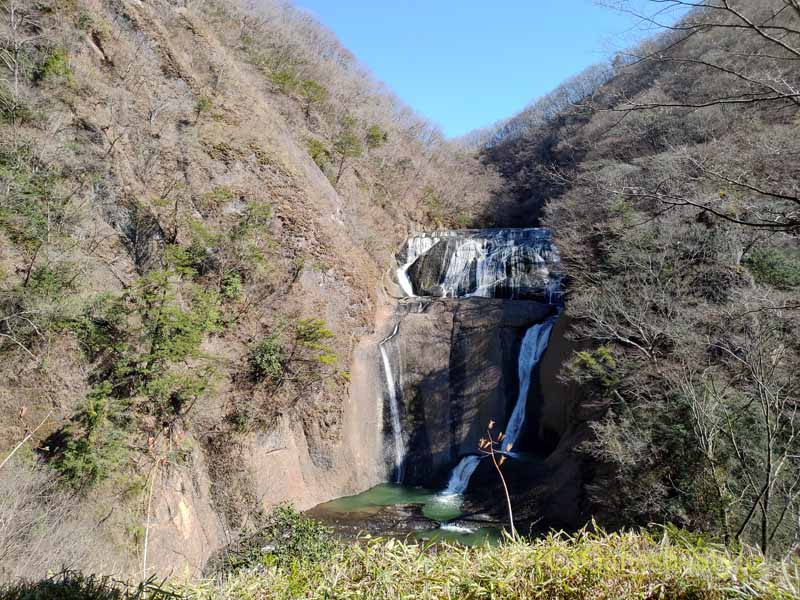 茨城県の奥久慈にある日本三名瀑のひとつ、袋田の滝