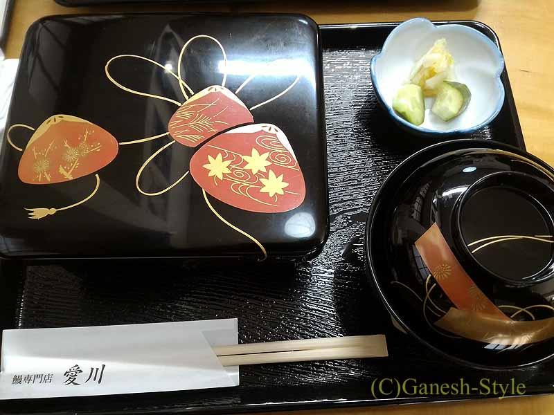 東京・高田馬場にある鰻専門店、相川の鰻重全体