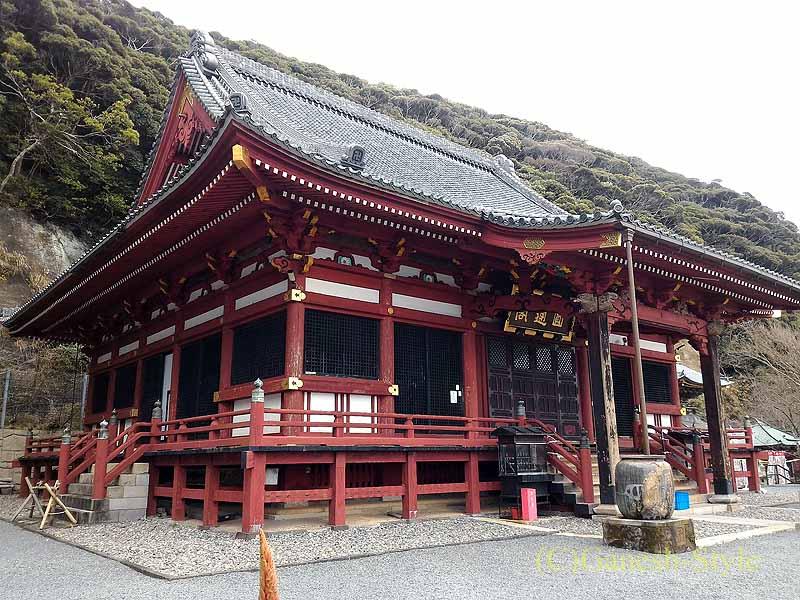 千葉県館山市にある西暦717年創建の名刹、那古寺の観音堂