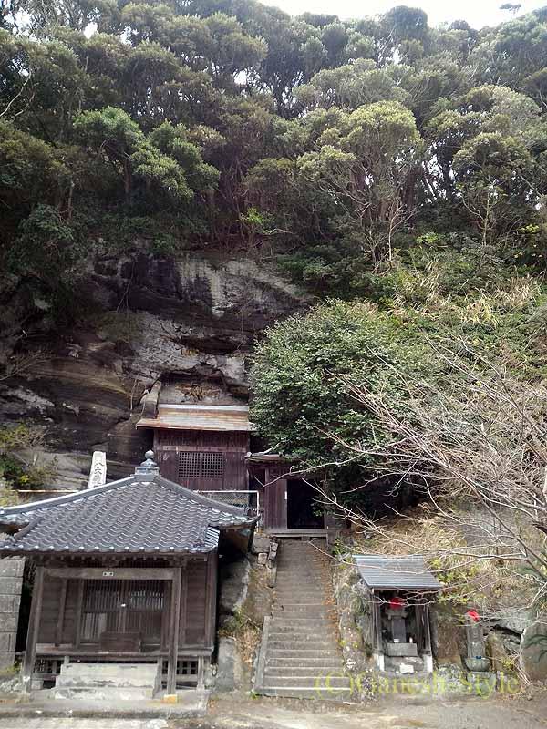 千葉県館山市にある西暦717年創建の名刹、那古寺の大黒堂