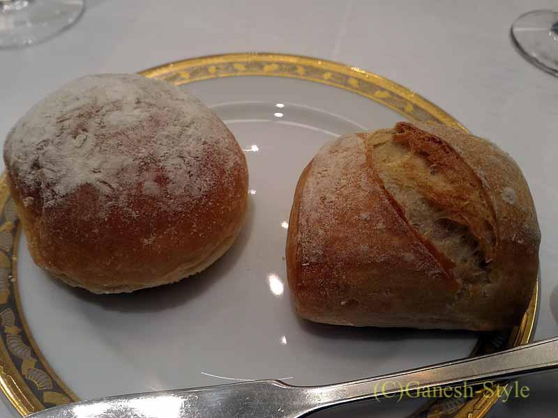 ホテルニューオータニ幕張で出たフランス料理コースのパン