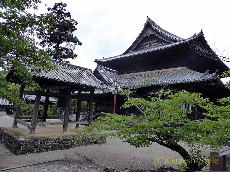 和歌山県紀の川市にある名刹、粉河寺
