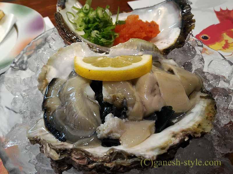 和歌山市内中心部にある海鮮居酒屋、いろは劇場の岩ガキ