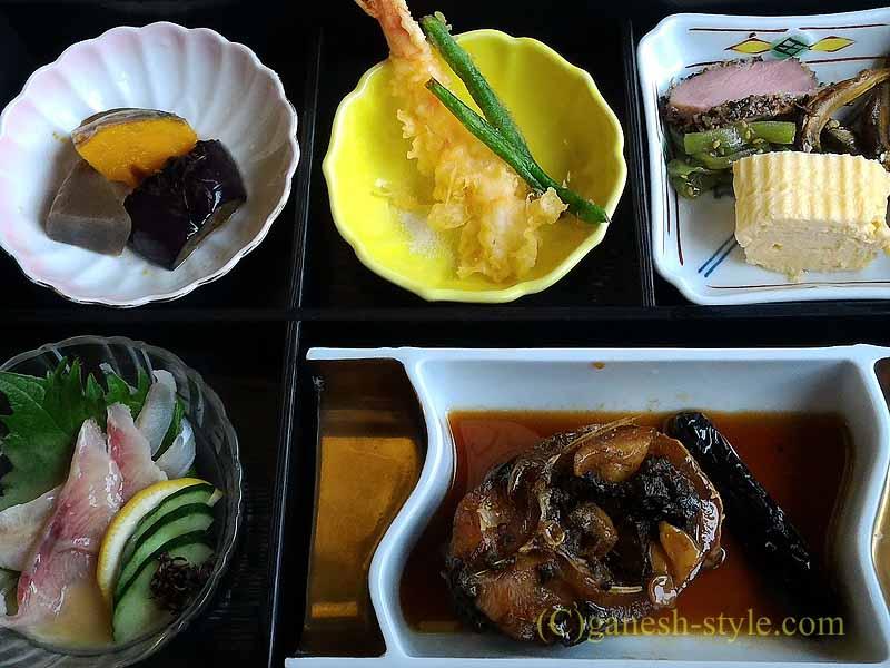 滋賀県大津市の瀬田川のしじみや魚料理の店、石柳