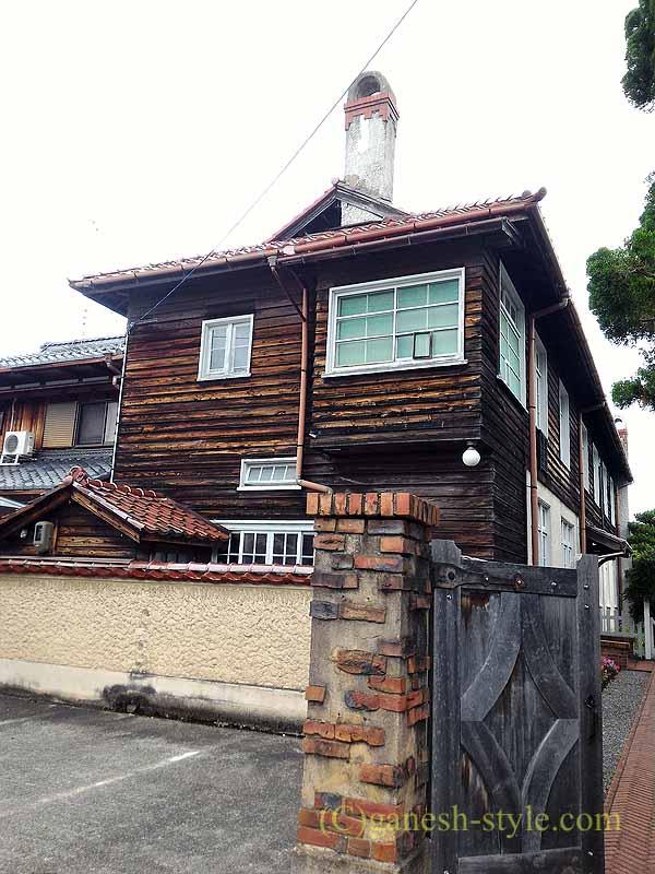 滋賀県近江八幡市の旧八幡郵便局のヴォーリス記念館