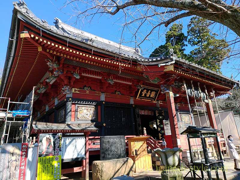 茨城県桜川市の雨引山腹に建つ雨引観音の本堂
