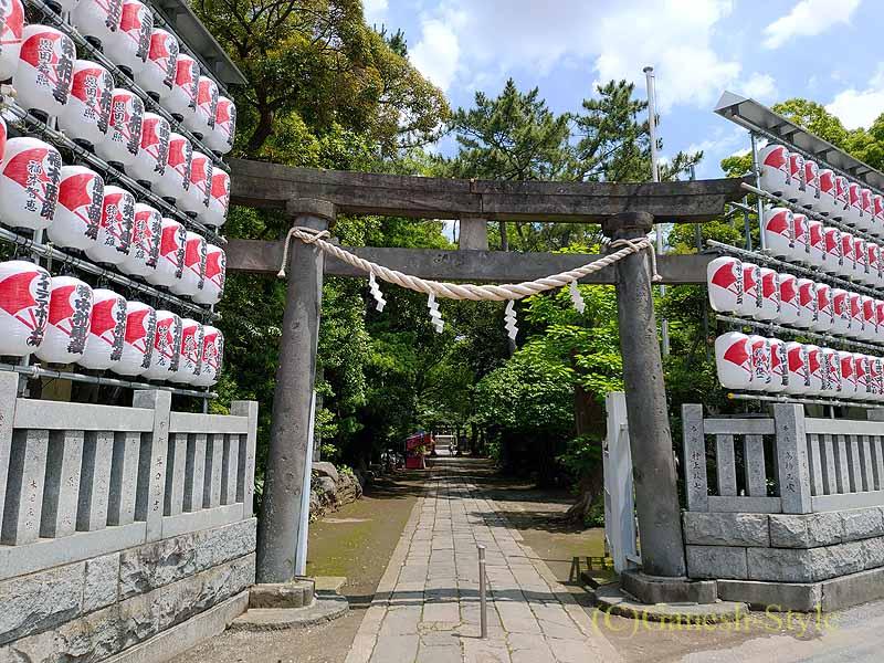 東京足立区にある酉の市発祥の地、大鷲神社の入口