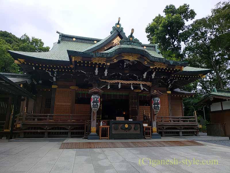 東京足立区にある酉の市発祥の地、大鷲神社の本殿概観
